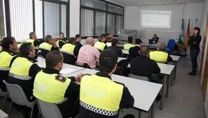 La Policía Local y Torrecárdenas realizan un programa de formación sobre psicosis
