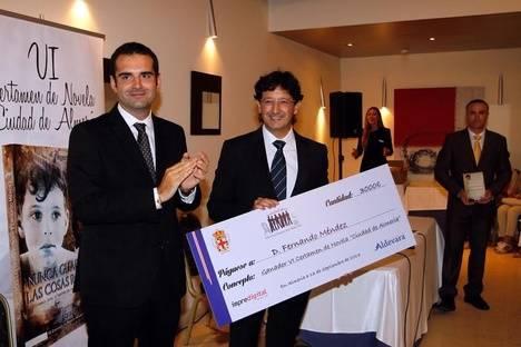 'Nunca guardes las cosas rotas', de Fernando Méndez, gana el VI Certamen de Novela Ciudad de Almería