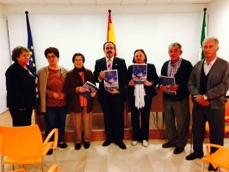 El Centro de Participación Activa de Personas Mayores de Uleila del Campo presenta el número XI de su revista 'El Candil'