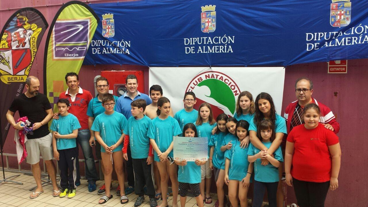 La piscina municipal de berja acogi en el encuentro for Piscina municipal almeria