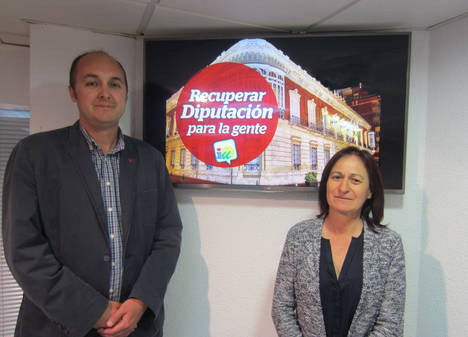IU presenta la campaña 'Recuperar Diputación para la gente'