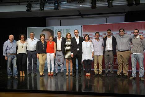 El PSOE de Carboneras se compromete con la creación de empleo y la bajada de impuestos en la presentación de su candidatura