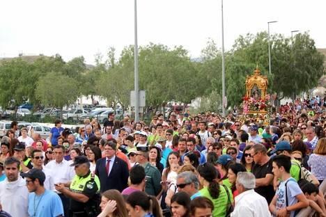 Devoción, alegría, colorido y una masiva participación en la bajada de la Virgen del Saliente sin incidentes