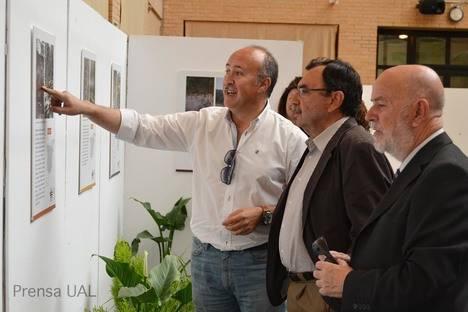 La Universidad acoge hasta la semana próxima una exposición sobre suelos y biodiversidad