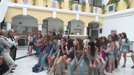 Alumnos del Liceo Jeanne de A'rc de St. Sylvain D'Anjou visitan Vícar en el XVI Intercambio con el IES Puebla de Vícar