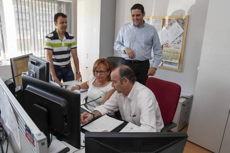 Luis Rogelio anuncia la creación de un Bono Taxi y del Taxi Joven para fomentar el uso de este servicio público