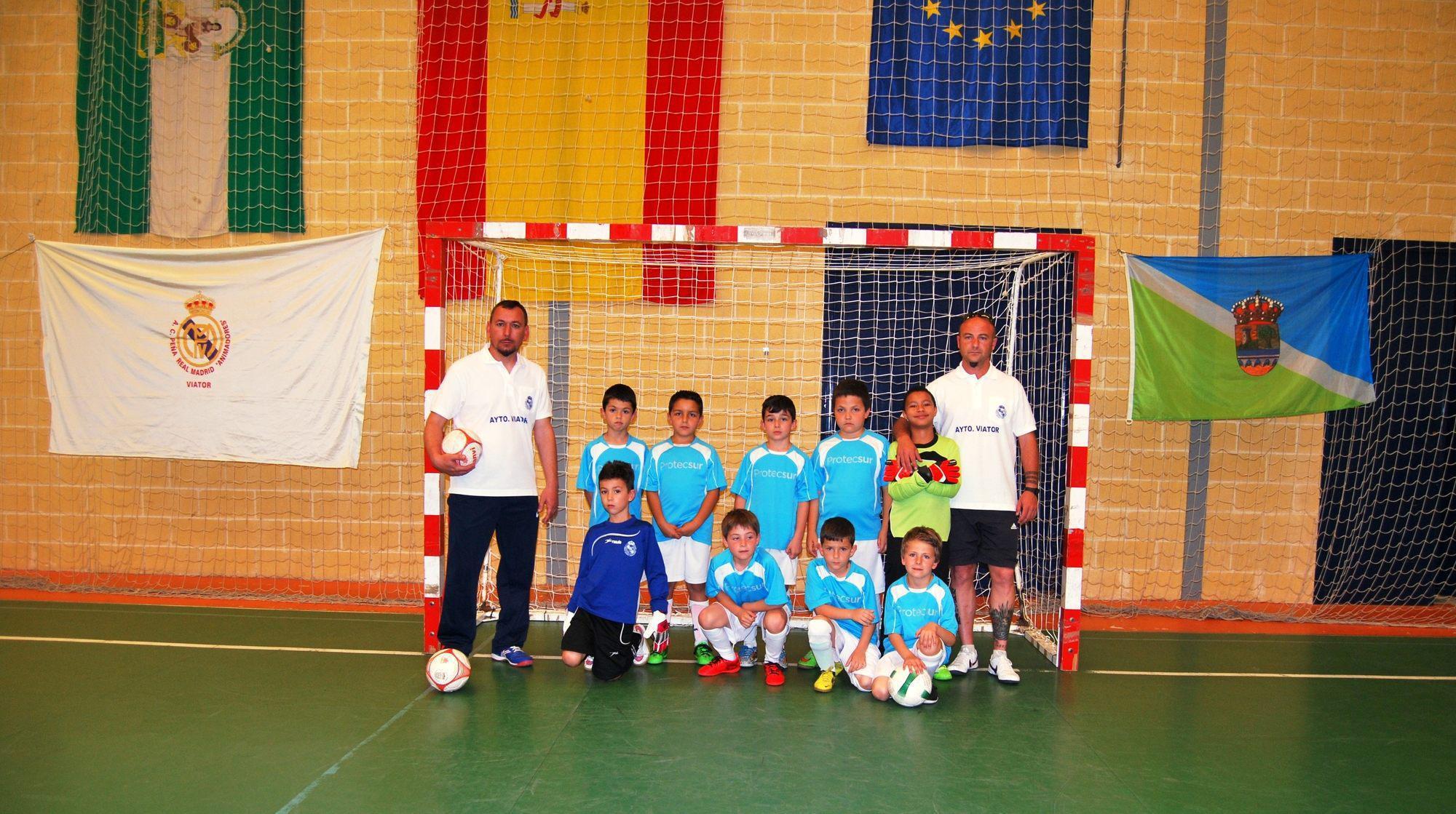 La Peña animadores Real Madrid de Viator, bronce en el Campeonato de Andalucía de fútbol sala prebenjamín