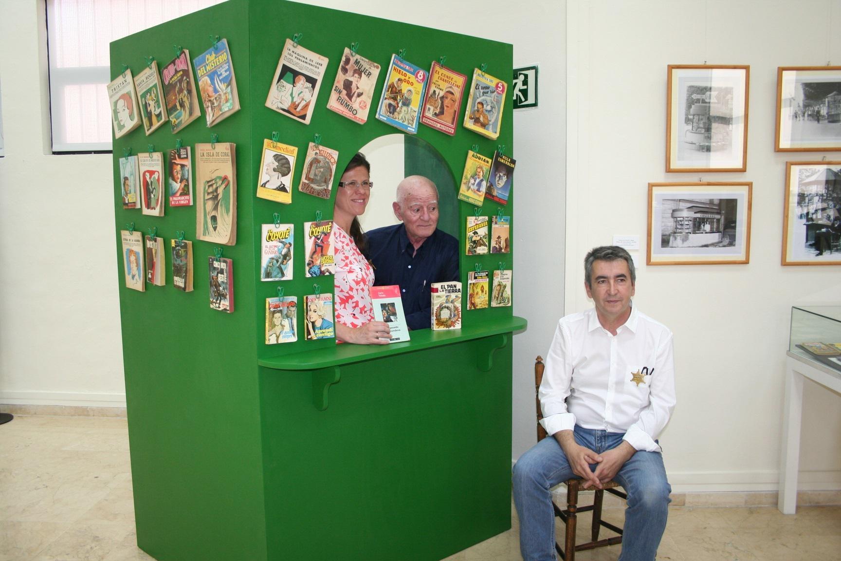 La Biblioteca Villaespesa acoge una exposición del Museo Etnográfico de Terque sobre la 'literatura de kiosco'