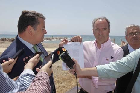 Luis Rogelio agradece la implicación del Gobierno de España para que los vecinos de El Tagarete puedan escriturar sus viviendas