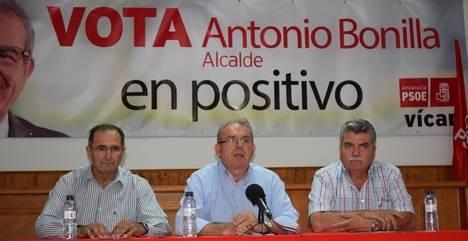 Bonilla expresa que el PSOE seguirá apoyando a los agricultores de Vícar