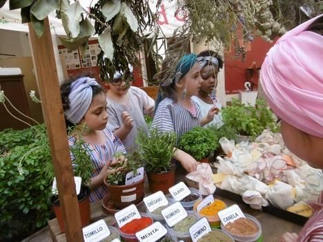 La comunidad educativa continúa la celebración del 'Milenio de Almería' con actividades hasta final de curso