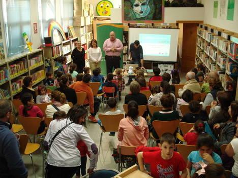 Gonzálvez anuncia la ampliación de la biblioteca de Gádor