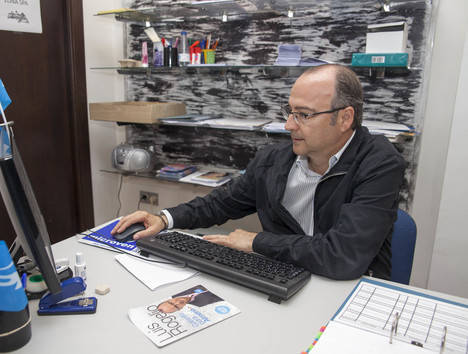 El candidato Luis Rogelio Rodríguez responde a los lectores de Noticias de Almería
