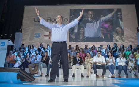 Luis Rogelio cierra la campaña electoral con un acto original y festivo