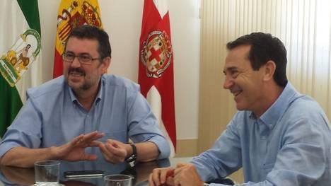 IU encuentra 'cierta sintonía' con el PSOE y dejará en manos de su asamblea cualquier acuerdo