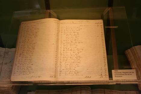 El 'Día Internacional de los Archivos' recupera documentos sobre las salinas de Roquetas de Mar