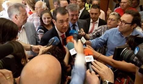 Ciudadanos decide finalmente abstenerse y permitirá al PP mantener la Alcaldía de la capital y Cazorla habla de