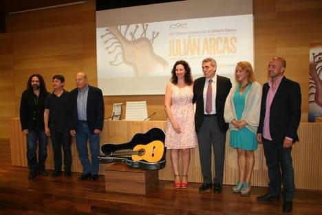 El XIV Certamen Internacional de Guitarra Clásica 'Julián Arcas' eleva el nivel del concurso y se acerca a la ciudad con más conciertos al aire libre