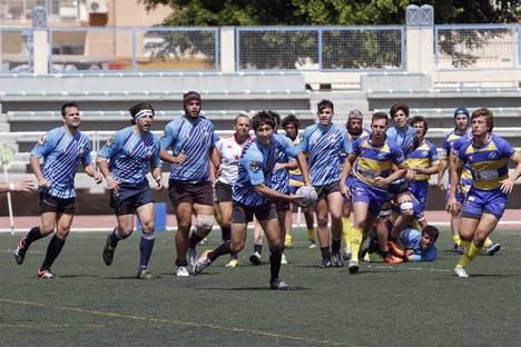 Más de 1.000 aficionados practican rugby gracias al 'Unión Almería'