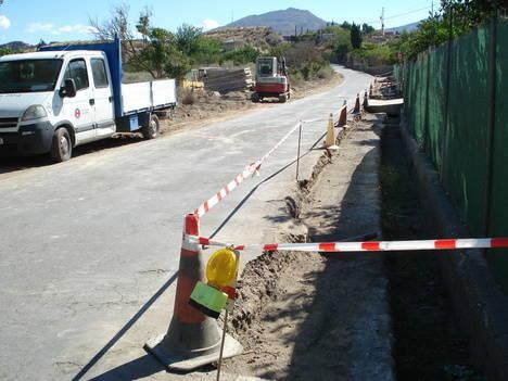 Comienzan las obras de mejora del firme de la carretera de Paulenca que une Gádor con la A-92