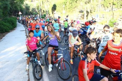 200 participantes en el Día de la Bicicleta de Almerimar