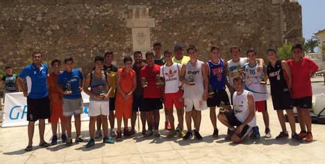 Los equipos Wisconsin y Basquet Carboneros primeros en el Torneo de Baloncesto 3 X 3
