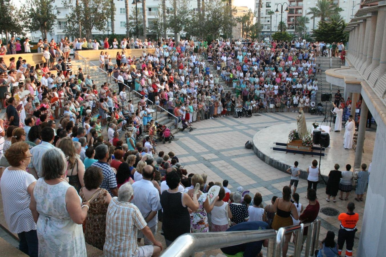 El Puerto arropó a la Virgen del Carmen