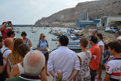 La lonja pesquera y su subasta, un nuevo atractivo turístico en las visitas guiadas