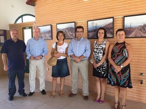 Diputación acerca las fotos de 'El último tren' hasta el Valle del Almanzora