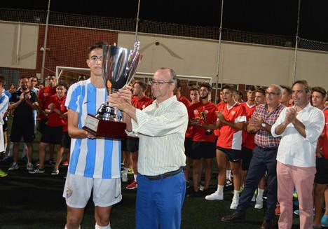 Málaga CF gana en los penaltis el III Torneo Nacional Juvenil de Fútbol Base