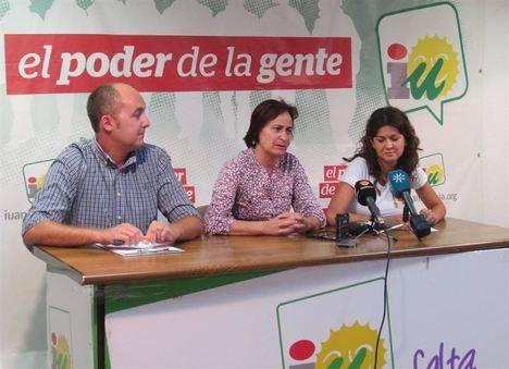 IU quita a Yakubiuk de diputado provincial para que se centre en fiscalizar el Ayuntamiento de Roquetas