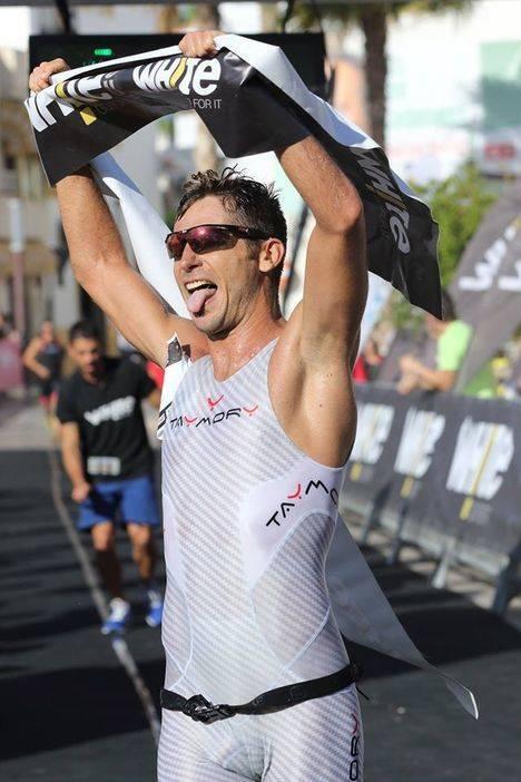El almeriense David Zamora Vázquez ganador de la quinta prueba del Triwhite Cup Carboneras