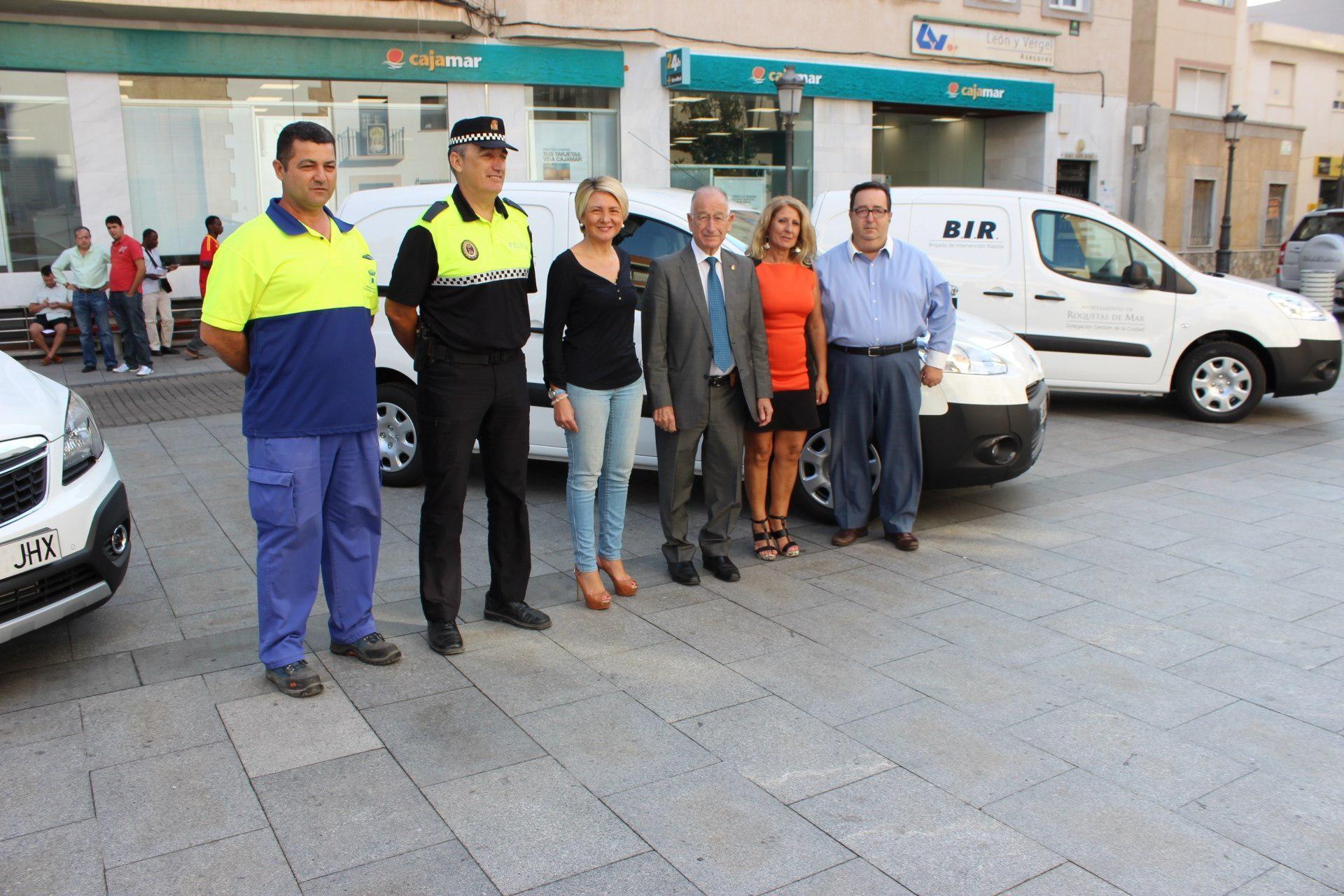 Tres nuevos vehículos para el Ayuntamiento de Roquetas