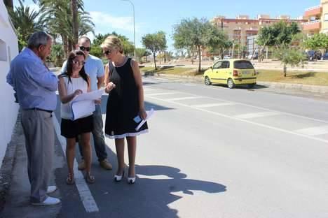 El Ayuntamiento de Roquetas ultima el proyecto de remodelación de los espacios libres de la Avenida de Torrequebrada