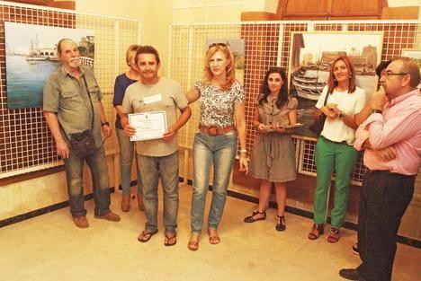 Miguel Ángel Rivas gana el primer premio del Concurso de pintura rápida de Roquetas