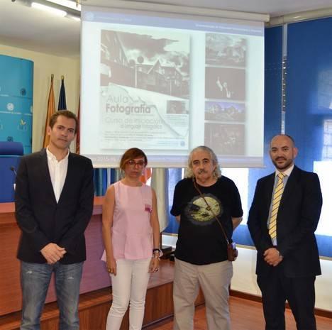 Carlos de Paz, Rodrigo Valero, Domingo Leiva y Pako Manzano, docentes del Aula de Fotografía de la UAL