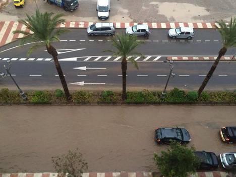 El Ayuntamiento de Roquetas de Mar resuelve 103 incidencias por la lluvia y despliega un operativo de 100 personas