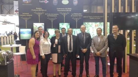 El Alcaldede Cuevas visita la feria Fruit Attraction que se celebra en Madrid