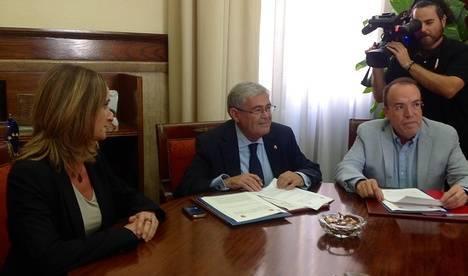 En Almería hay 1.590 casos de víctimas de violencia de género en Viogen