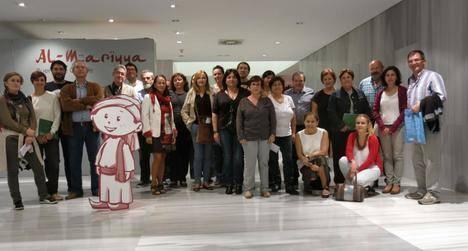La Junta enseña a 44 docentes las posibilidades didácticas que encierra el Museo de Almería