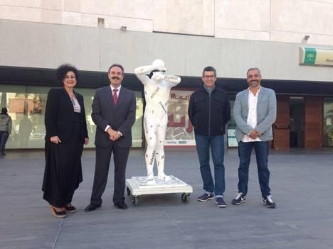 """El Museo Arqueológico se echa a la calle con """"esculturas efímeras"""""""