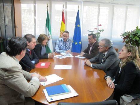 Junta, Ayuntamiento de Níjar y Endesa unen esfuerzos para mejorar el suministro eléctrico en la comarca nijareña