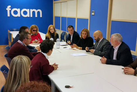 El PSOE recuperará la Dependencia, ampliará la accesibilidad y favorecerá la inserción laboral de los discapacitados
