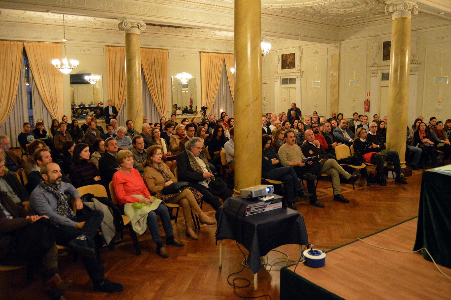 El c rculo mercantil acogi una mesa redonda organizada - Colegio arquitectos almeria ...