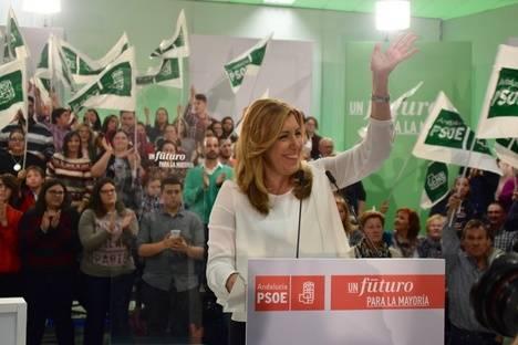 """Susana Díaz en Cuevas: """"Pido a quien se sienta progresista apoyo a la única alternativa de gobierno ante Rajoy: el PSOE"""""""