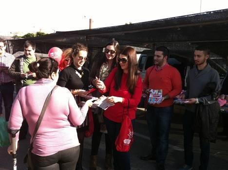 """Los socialistas trasladan en Adra su proyecto para que los jóvenes """"sean una generación recuperada y no una olvidada"""""""