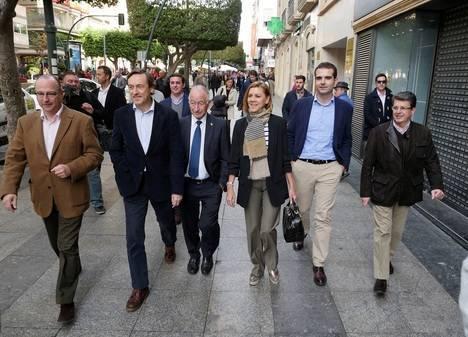 """Cospedal: """"El PP habla de lo que importa: más empleo y bajada de impuestos"""""""