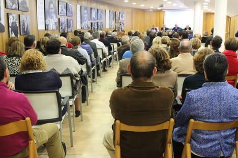 """El PP subraya su """"apuesta por la libertad en la defensa de la tauromaquia"""" ante más de cien taurinos de toda Almería"""