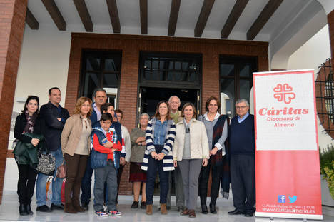 Visitas guiadas solidarias en el Museo Doña Pakyta para ayudar a Cáritas