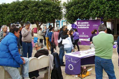 Podemos intensifica el contacto con la ciudadanía, con actos en Almería y en San José